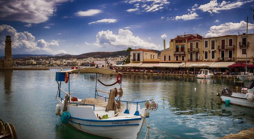 Faros Beach, Hotel, Venetian Harbor, Eleftheriou Venizelou 88, Rethymno town, 74100, Greece