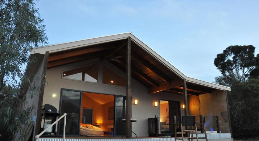 Pike River Luxury Villas