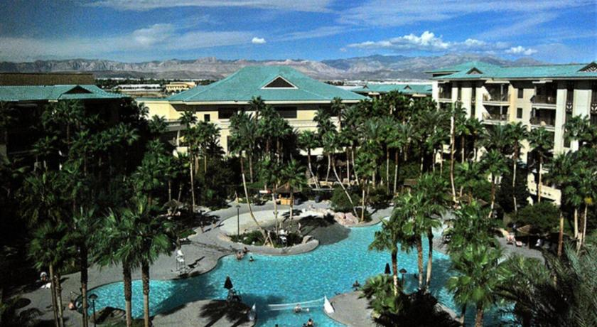 Suites at Tahiti Village Resort and Spa (Las Vegas)