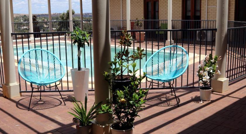 Vacation Home Fairway Manor Accomodation