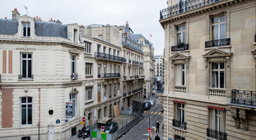 Apart Inn Paris Bassano (Paris)