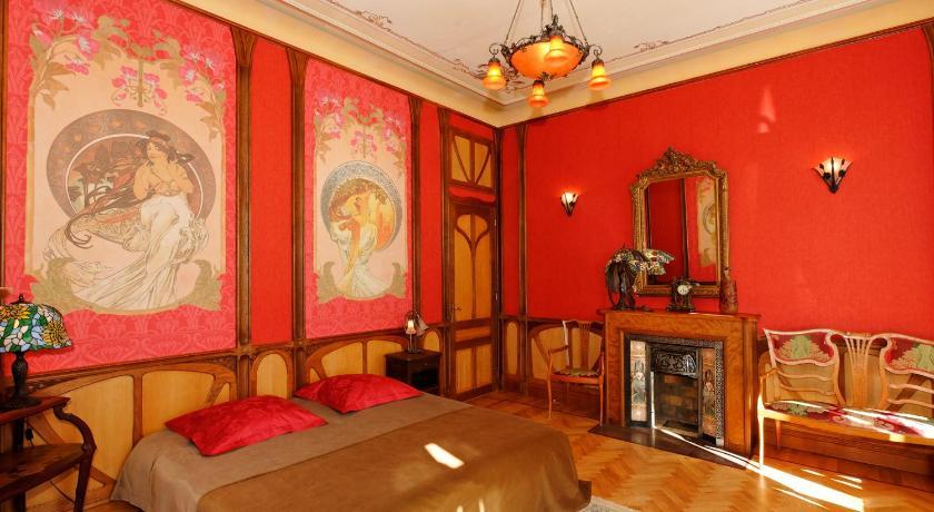 Villa Aloha Art nouveau (Cannes)
