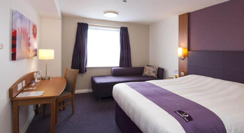 London Escorts Near Premier Inn London Wembley Park