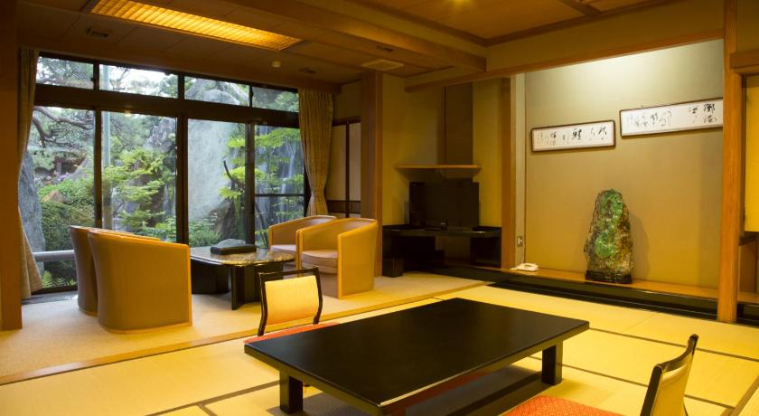 日本,山梨県・石和温泉,石和温泉 銘石の宿 かげつ(Isawa Onsen  Kagetsu)