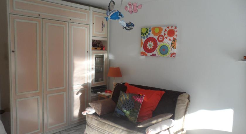 Studio Apartment Lacour (Cannes)