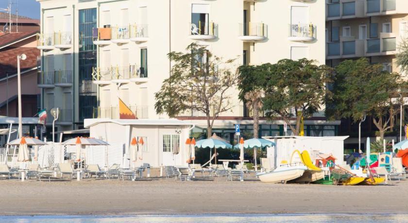 Hotel Emilia (Rimini)