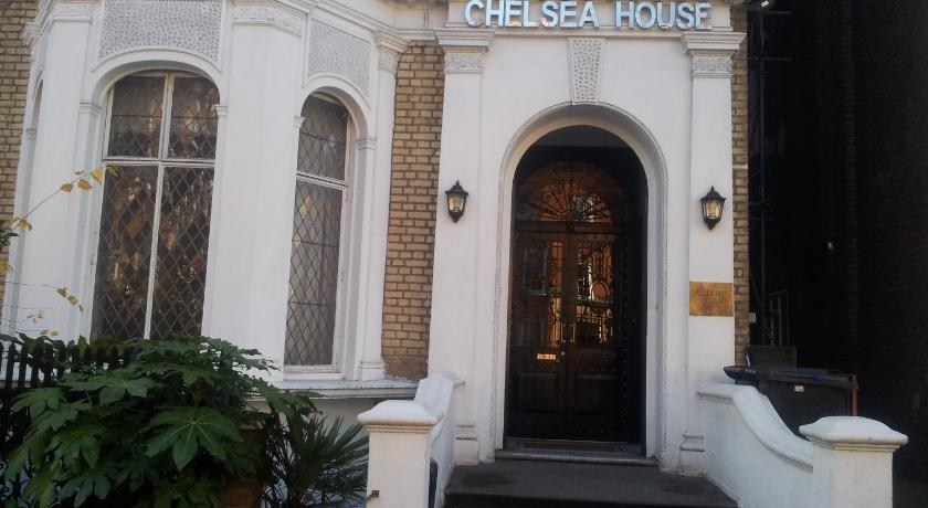 London Escorts Near Chelsea House Hotel - B&B