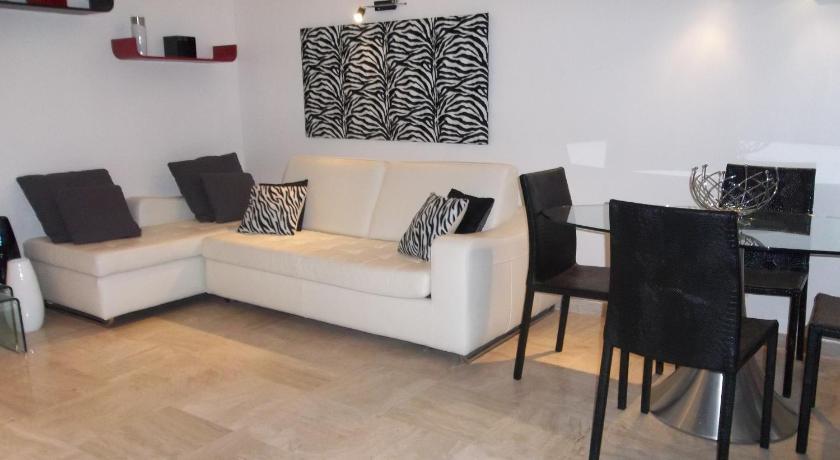 Apartment Velasquez (Cannes)