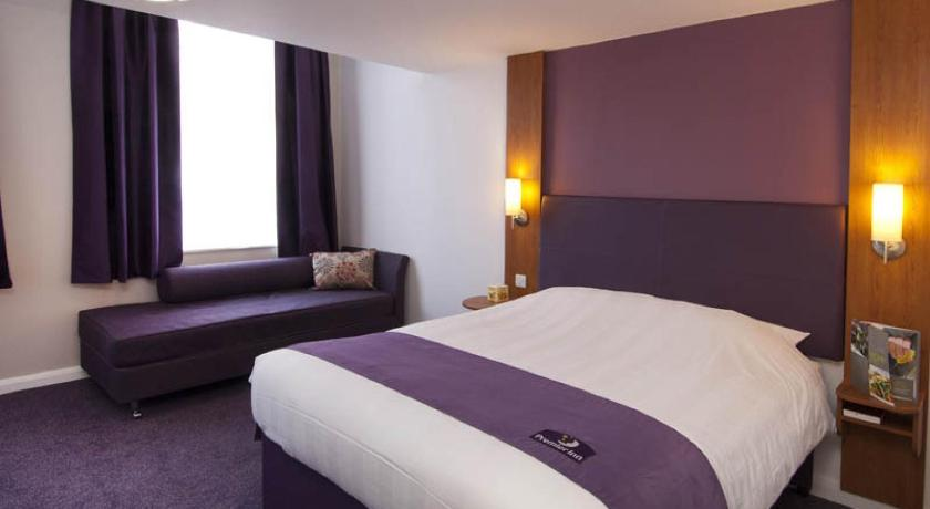 London Escorts Near Premier Inn London Hampstead