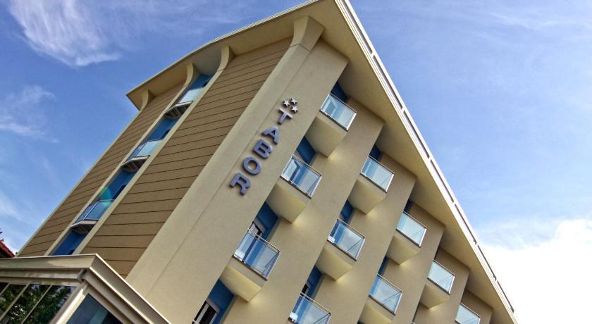 Hotel Tabor (Rimini)