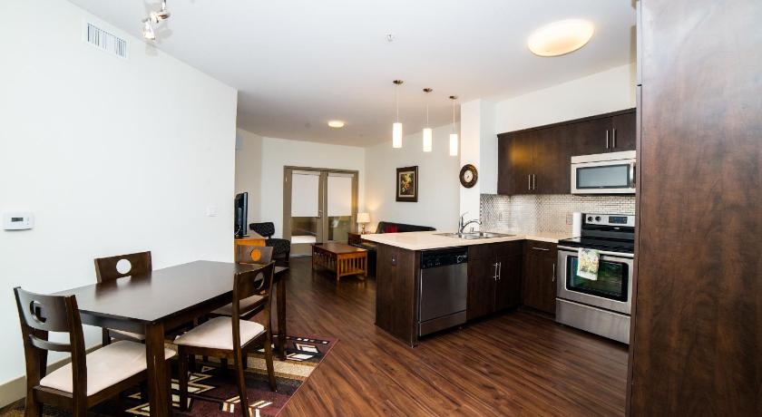 Hollywood Rose Apartment (Los Angeles)
