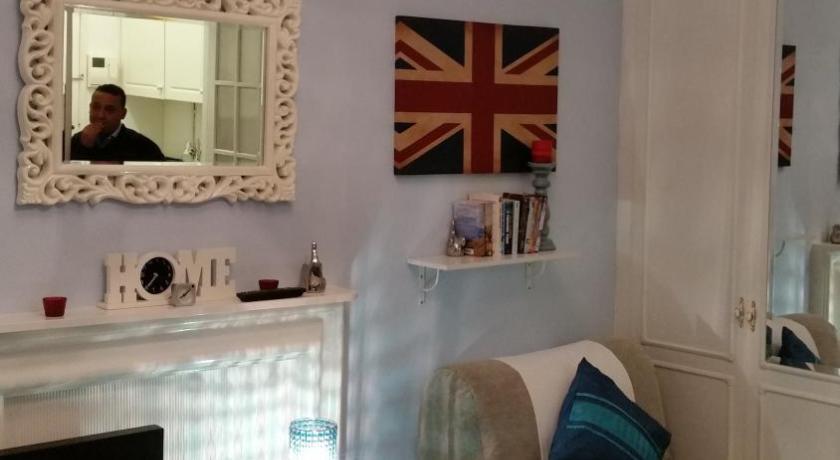 London Escorts Near Bright High Street Kensington Studio