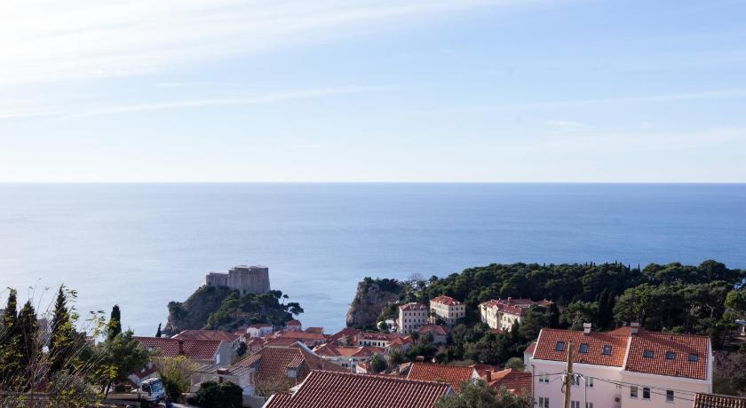 Hedera Estate Pile-Kono Apartments in Dubrovnik