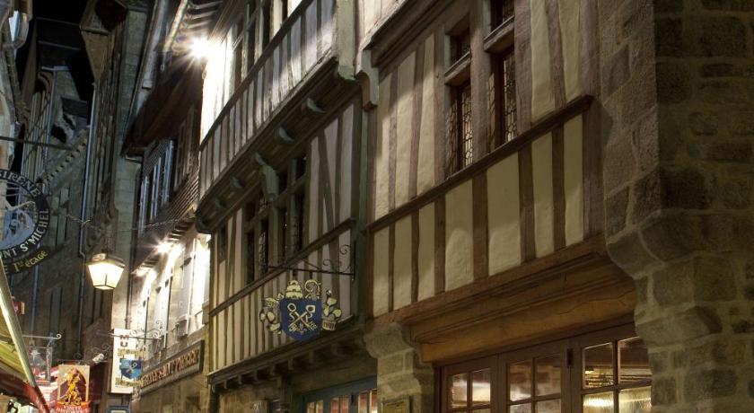 Prix Du Cafe Mont St Michel