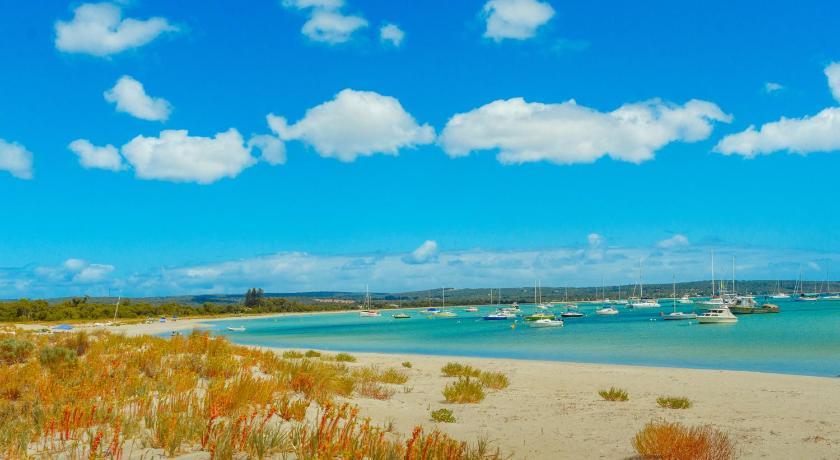 Bayshore Beachside Resort