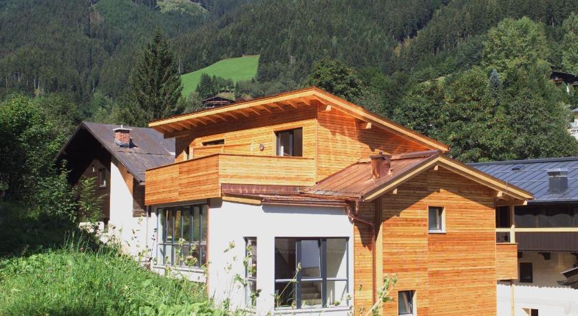 Wohlfühlappartements der Wildbachhof (Zell am See)