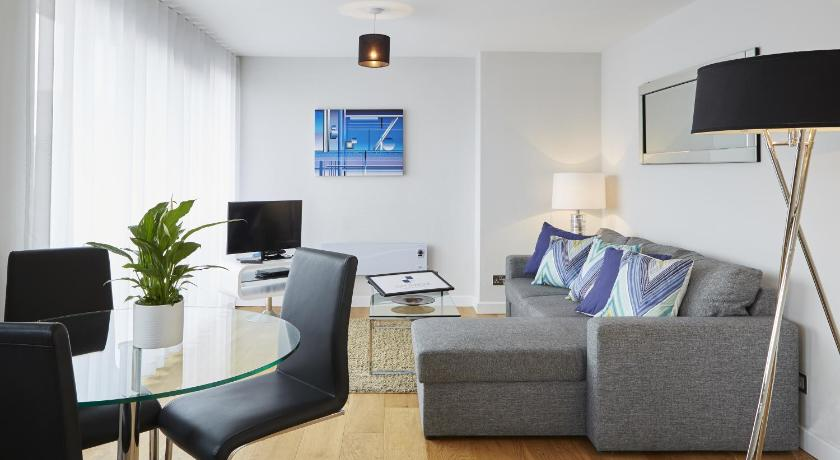 London Escorts Near City Marque Oxford House Serviced Apartments
