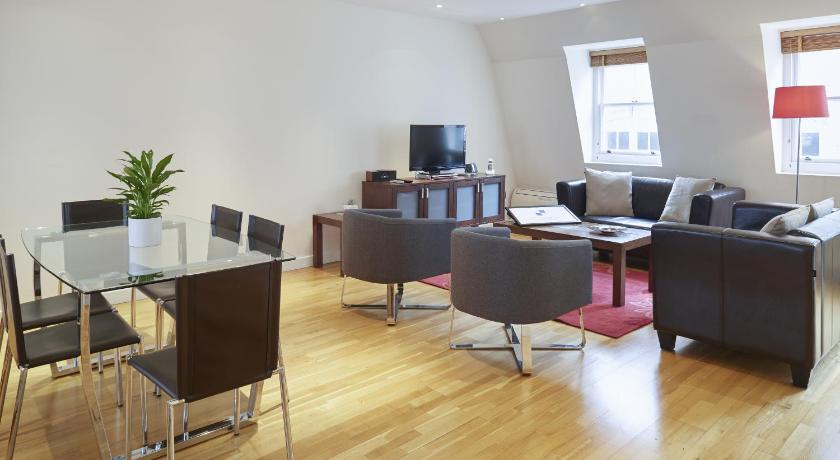 London Escorts Near City Marque Tower Hill Serviced Apartments