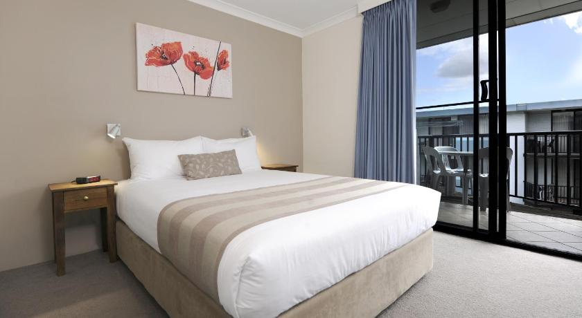 Condo Hotel Assured Waterside Apartments