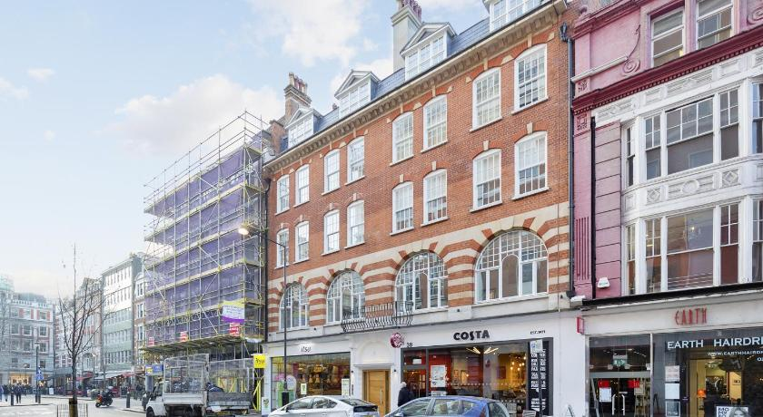 London Escorts Near The Oxford Circus Penthouses
