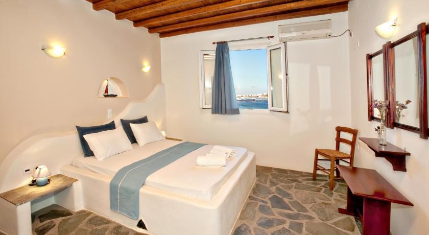 Parathyro Sto Aigaio 2 – Small Suites, Hotel, Psari, Plaka, Tinos Town, 84200, Greece