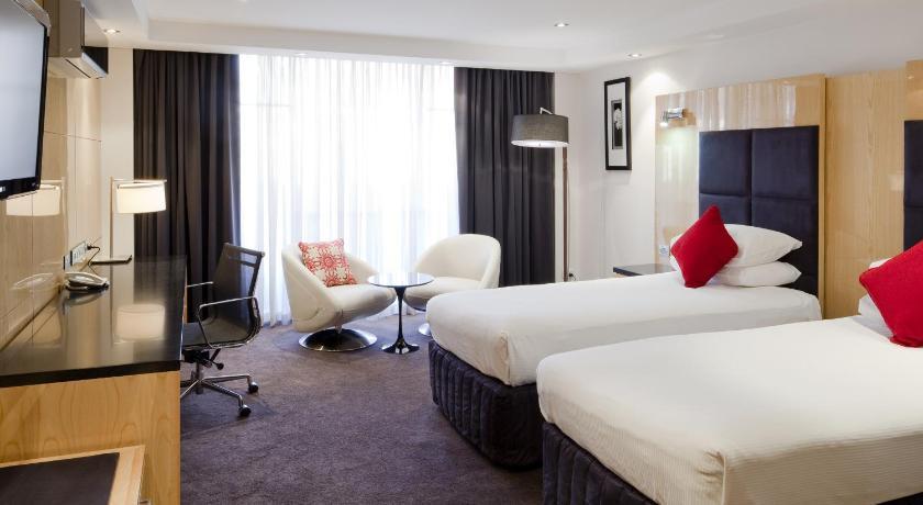 Hotel Adelaide Rockford