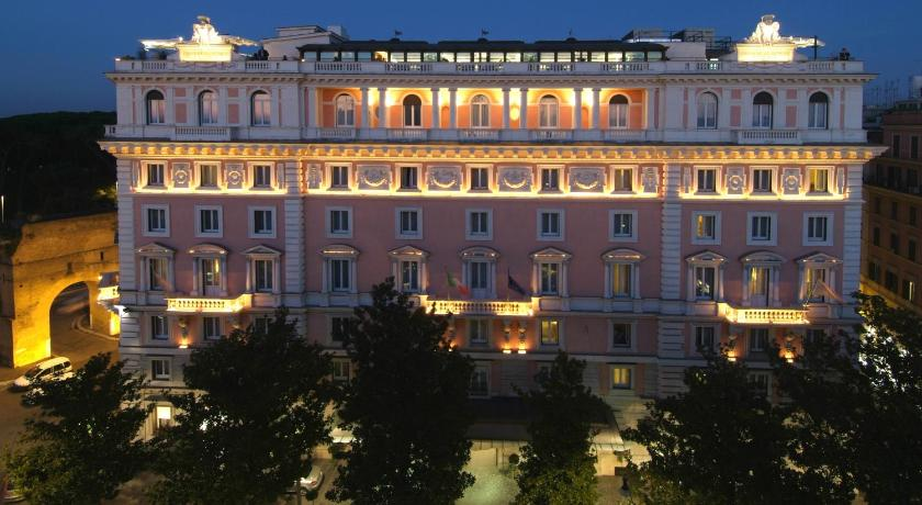 Rome grand hotel flora italy for Reservation hotel italie