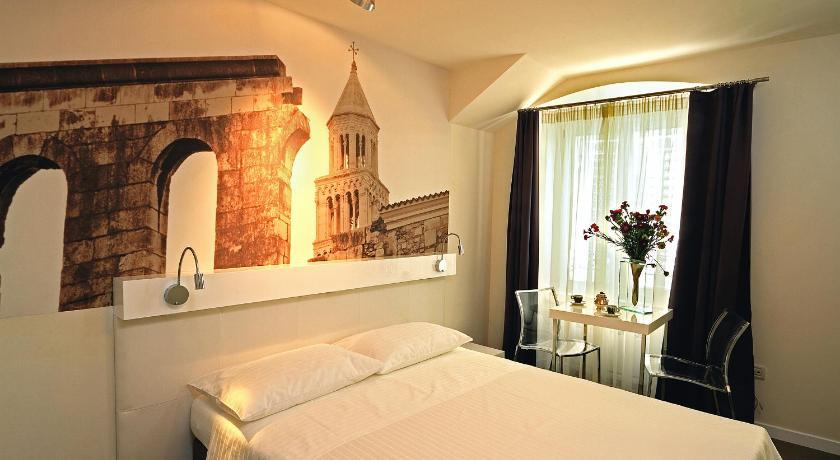 クロアチア,スプリト,ラ ポルタ ラグジュアリー ルームス(La Porta Luxury Rooms)