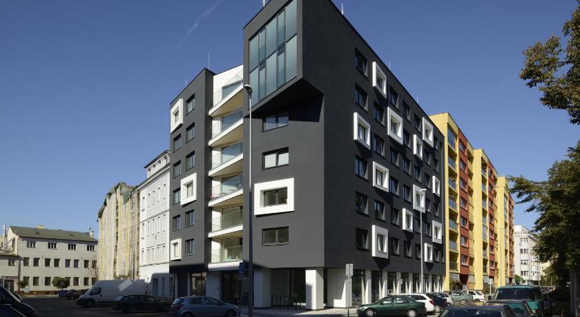 Hostel boti student house prague czech republic for Botic hotel