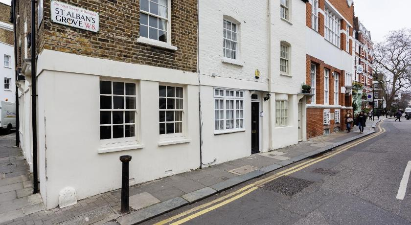 London Escorts Near Cottage St Albans Grove Kensington