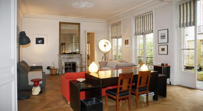 Apartment de Richelieu - 8 adults (Paris)