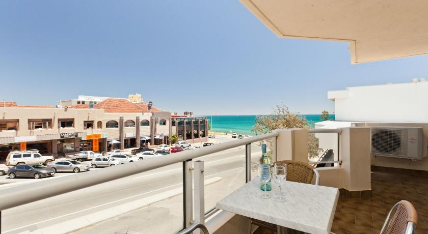 Cottesloe Beach Executive Apartment