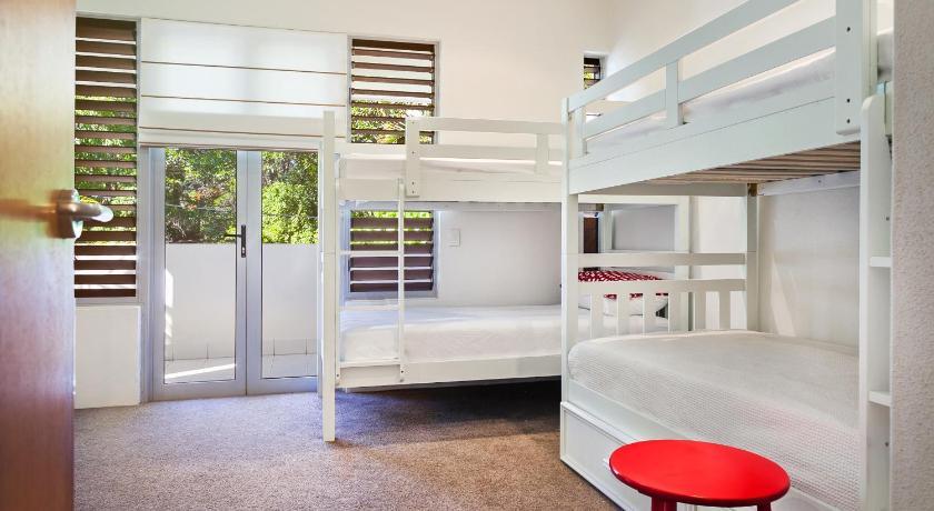 Apartment Unit 2/ 11 Mitti Street