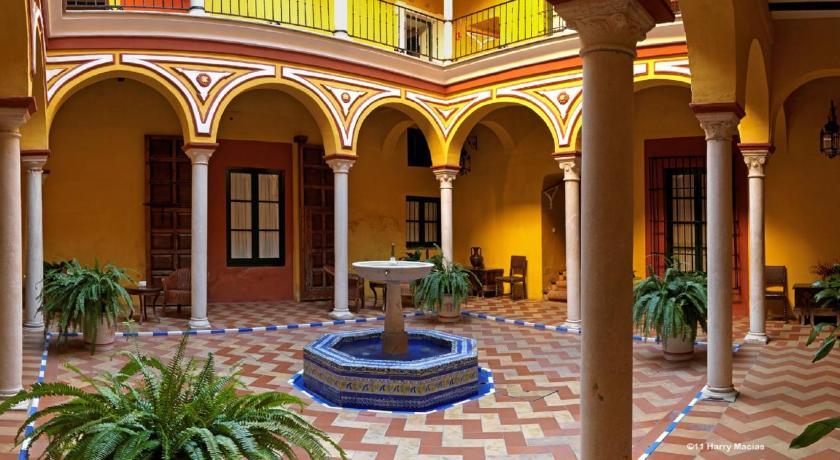 Hotel casas de la juderia sevilla espa a for La casa de las cocinas sevilla