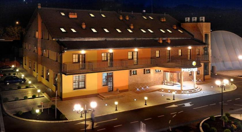photo hotel le prestige