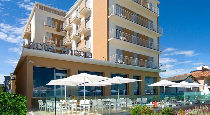 Hotel Ancora (Jesolo)