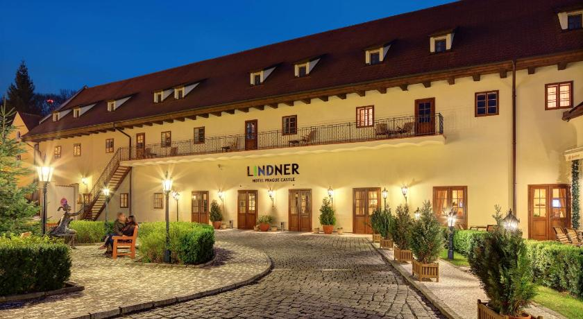Lindner hotel prague castle czech republic for Hotel reservation in prague