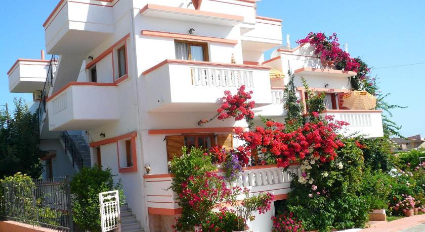 Villa Elizea, Villa, Kato Stalos, Chania Region, 73100, Greece