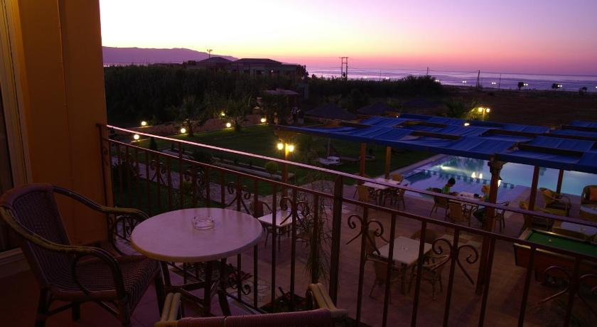 Kris Apartments, Apartment, Pyrgos Psilonerou, Maleme, 73014, Greece