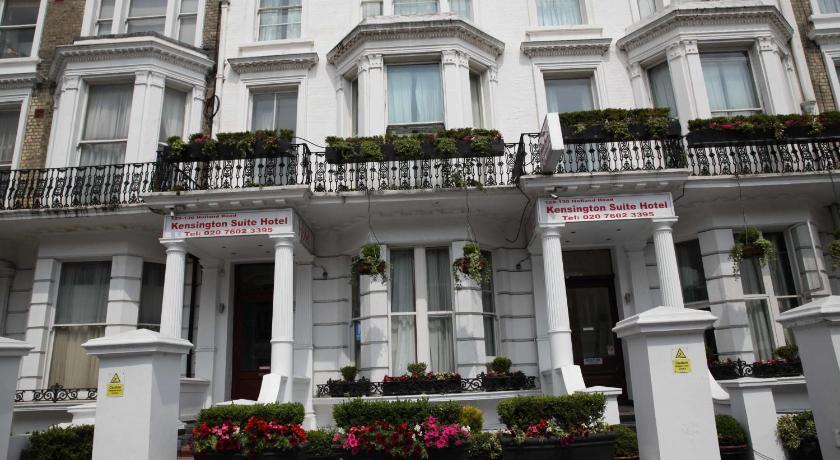London Escorts Near Kensington Suite Hotel