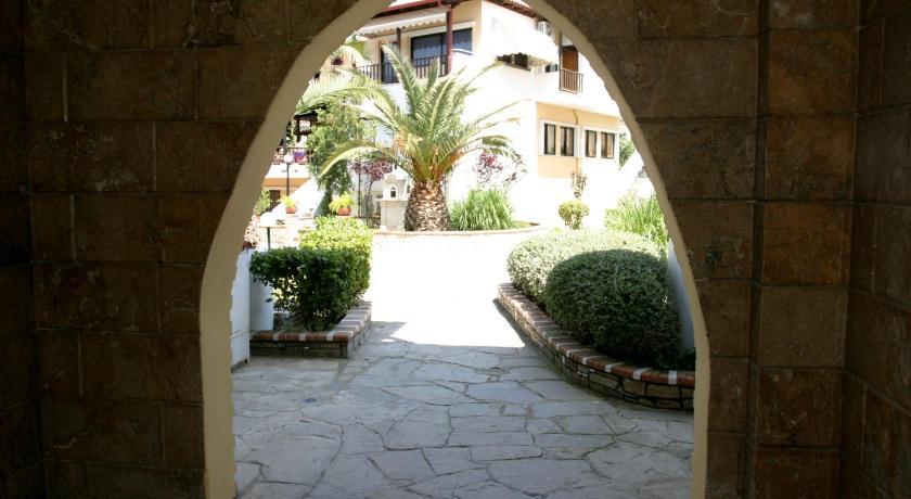Ioli Village, Hotel, Pefkochori, Halikidiki, 63085, Greece