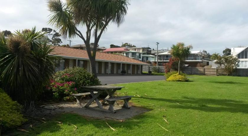 Quays Motel San Remo