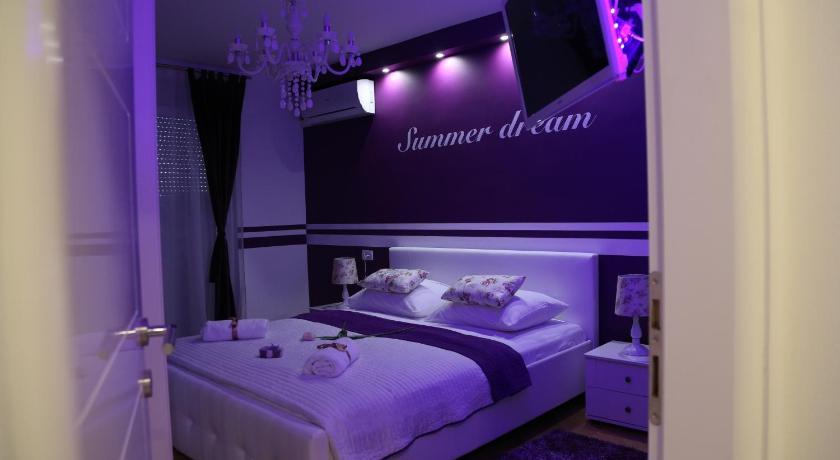 Apartment Summer Dream (Split)