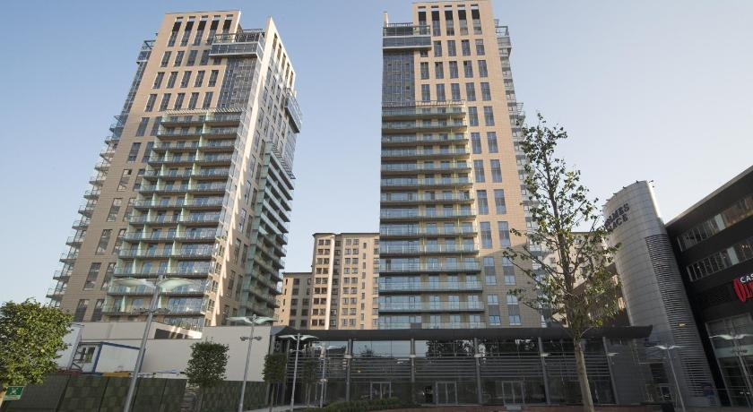 Platinum Towers Country 2 Country (Warschau)