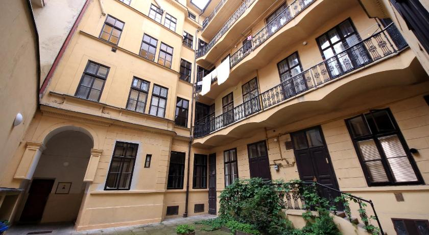Old Town Cozy Apartment in Prag