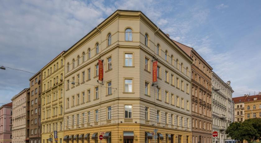Hotel prague centre plaza czech republic for Hotels in prague centre