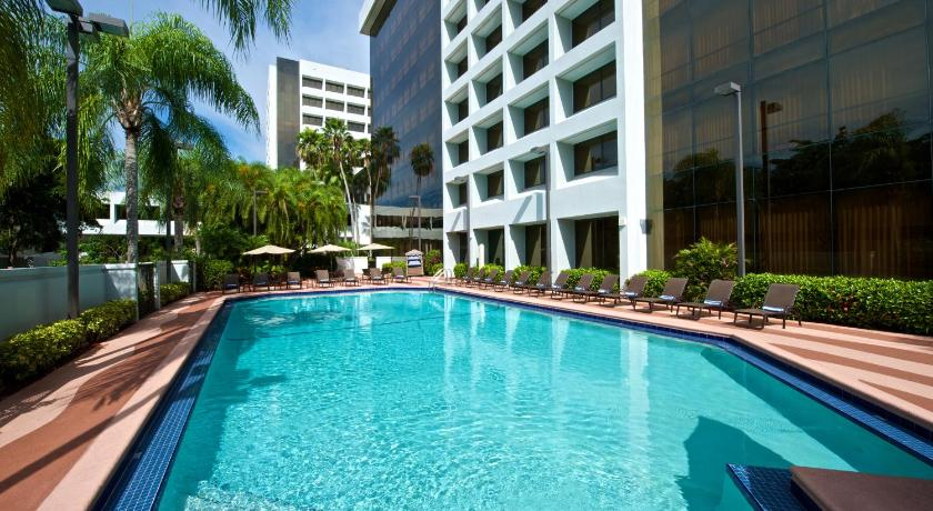 hotel embassy suites palm beach gardens fl