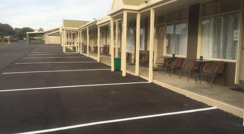 Pelicans Motel San Remo