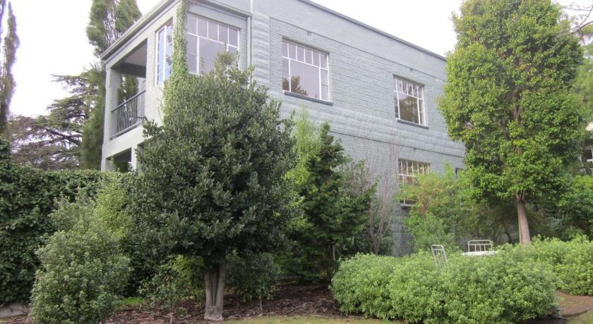 Apartment Hobart Gables