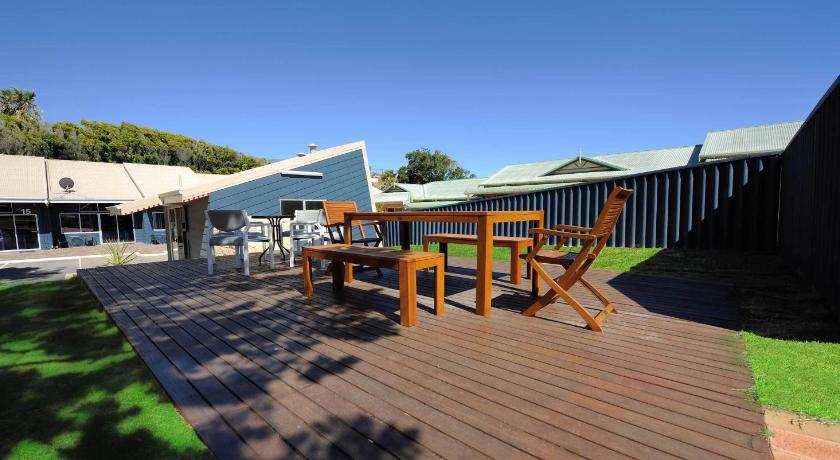 Abrolhos Reef Lodge